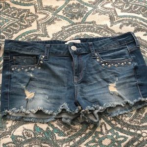 Express Jean shorts with cute stud detail